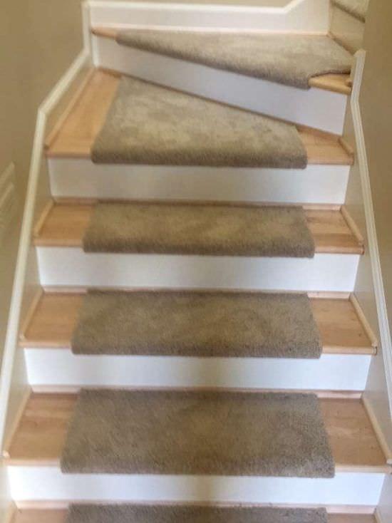 custom-carpet-stair-treads (2)