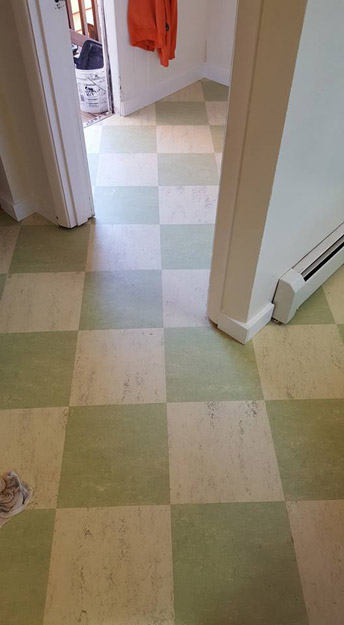 Linoleum Checker Board Kitchen Floor