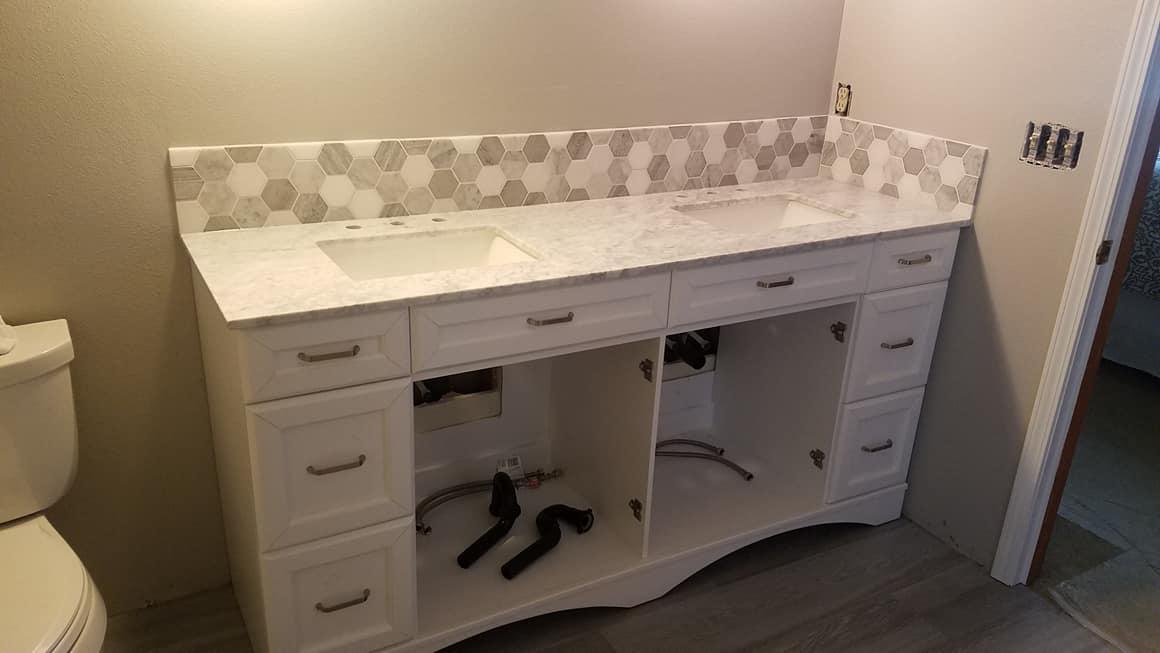 Tile Back Splash - Master Bath pic 2