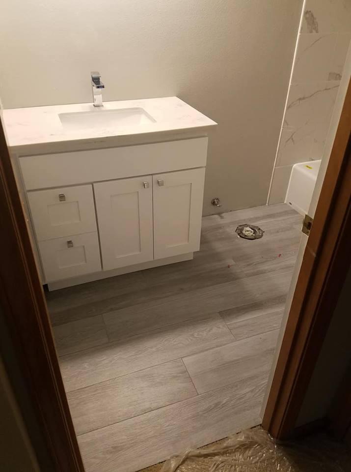 Tile Floor - Hall Bath